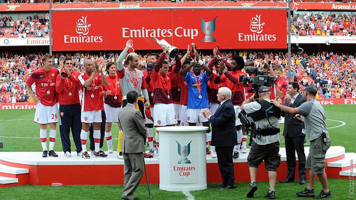voetbalreis emirates cup